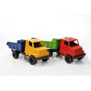 Kit Com 50 Bonecas + 50 Caminhões De Brinquedo Atacado
