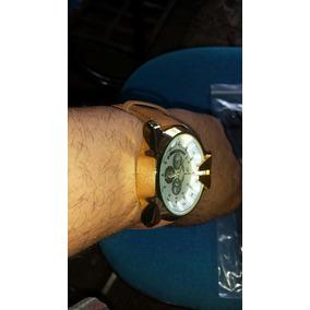 Relógio V6 Super Speed Dourado Pulseira De Couro Sintetico