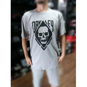 Oakley Jawbreaker Original Com Nota - Camisetas e Blusas no Mercado ... 75c69d85c38