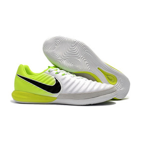 39b7a410af Chuteira Nike Tiempo Branca E Verde Limao - Chuteiras para Adultos ...