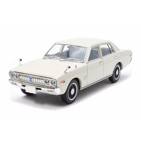 1/43 Tomica Limited Vintage Lv-n43-08a Nissan Cedric (white)