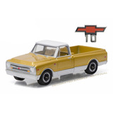 1968 Chevrolet C-10 Anniversary Gold Chevy Trucks Colecci...
