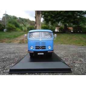 Miniatura De Cavalo Mecânico Mercedes Benz Lps-933 1;43