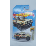 Hot Wheels 68 Chevy Nova Dodge D100 Baja Blazer Auto Escala