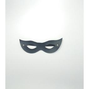 11cd9aaf4a3bd Mascara Tiazinha Para Moto - Acessórios de Motos no Mercado Livre Brasil