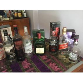 Botella Whisky, Vacias