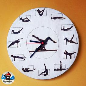 Relógio De Parede Tema Pilates (pirografia Em Madeira)
