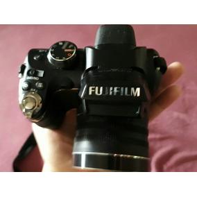 Câmera Digital Semi Profissional Finepix S4500
