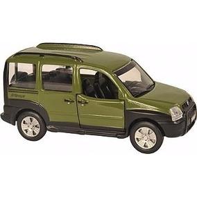 Miniatura Metal Carro Brasileiro Fiat Doblo Adventure 11 Cm