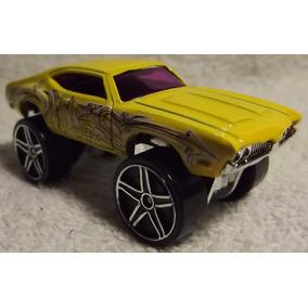 Hot Wheels 1/64 2013: Olds 442 W-30 Graffiti 034/250 (a)