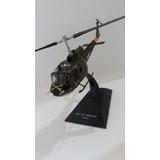 Helicóptero Bell Uh-1 Iroquois Usa Escala 1:72 Colección.