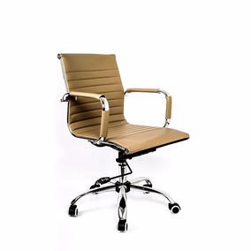 Cadeira Diretor Esteirinha Charles Eames - Couro Bege