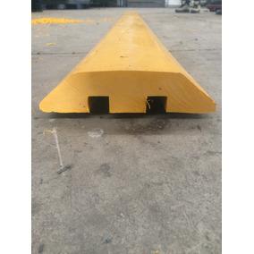 Tope Reductor De Velocidad Con Protector De Cables