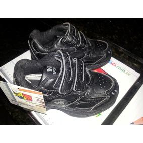 Zapatos Deportivos Negros Vita Kids 23*gomas