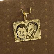 Pingente Em Ouro De Placa Com Gravação Foto Predileta Pg049