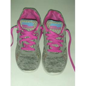 Zapatillas Skechers Para Nenas Color Gris Con Fucsia N*33.5