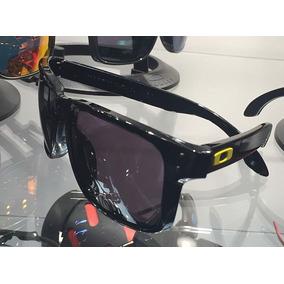 Óculos Valentino Rossi Vr46 Original Lentes Polarizado · R  249 f4e23b59a5