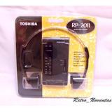 Antigua Radio Portátil Toshiba Am Fm Nueva + Audífonos