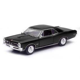 Pontiac Gto 1966 Escala 1:32 New Ray Negro