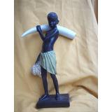 Figura De Niño Africano Con Cuerno 37 Cm