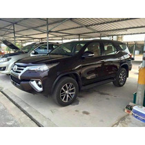 Nueva Toyota Hilux Sw4 Aut Blindada Rb3 Bullet-proof