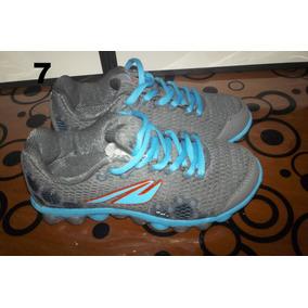 Bellos Zapatos Deportivos De Niño Nuevos