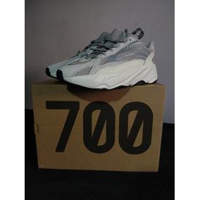 new product 35523 e7391 adidas Yeezy 700 V2 Static 9.5 Us