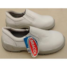 Bota Pvc Bracol Cano Curto Branca · Sapato Bracol Branco Bidensidade  Elástico Com Bico De Aço d2a858fb9f