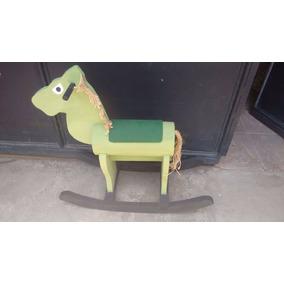 Brinquedo: Cavalo De Embalo Para Criança- 79 Cm Por 66 Cm