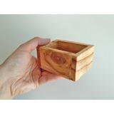1 (uma) Caixa Porta Cartão Em Madeira (pinus)