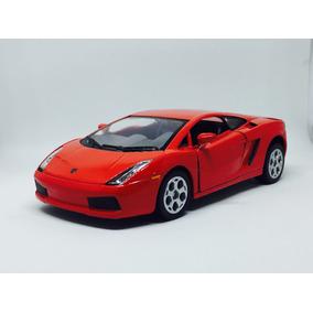 Miniatura Ferrari Lamborguini 1/32 Grátis Spinner