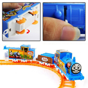 Tren Thomas And Friends Locomotora A Pila Vagones Accesorios