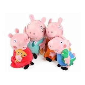 Pelucia Familia Peppa Pig C/ 4 Personagens Musical