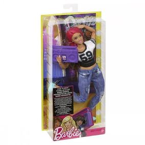 Boneca Barbie - Articulada - Esportista - Bailarina - Mattel