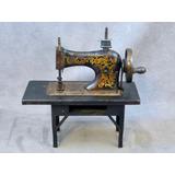 Máquina De Coser Miniatura Ca. 1920 Muy Rara