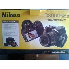 Camara Nikon D3000