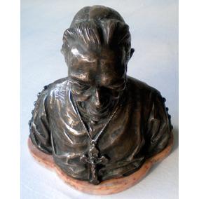 Escultura Busto Padre Chico Bronze Assinada Peso 5 K .