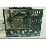 Aliens Neca Queen Deluxe Action Figure