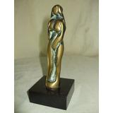 Escultura Em Bronze Moderna Assinada Pinosa Estátua Feminina