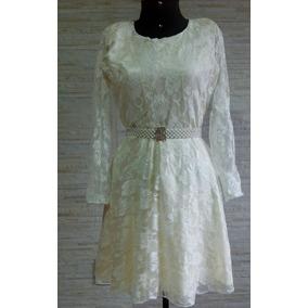 Vestido De Renda Cor Marfim (não Acompanha O Cinto)