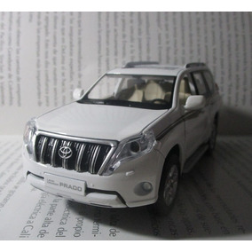 Camioneta Toyota Land Cruiser Prado Coleccion 15cm Largo
