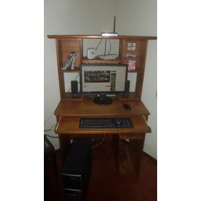 Mesa De Computadora De Madera.