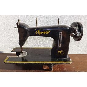 Antiga Máquina De Costura (mesa Singer Ferro Brasa) 01
