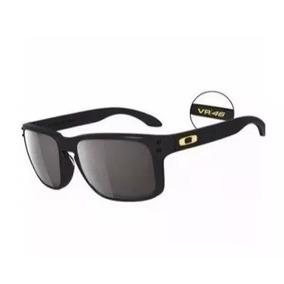 Perfil De Mesa Valentino Rossi - Óculos De Sol no Mercado Livre Brasil 70747cc06f