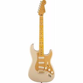 Guitarra Fender Stratocaster Classic Player60 Anniversary 50
