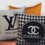 Almofadas Varias Marcas Chanel Moet Versace Hermes Ysl Dior