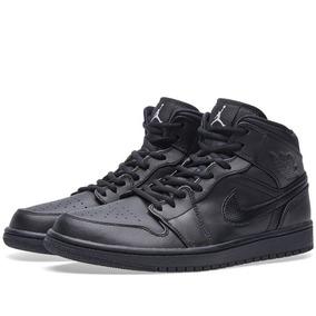 Tênis Nike Air Jordan 1 Mid Preto Masculino