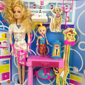 Kit Boneca Barbie Betty Medica