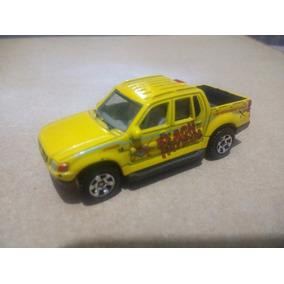 Matchbox Ford Explorer Sport Trac