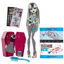 Monster High Aula Set De Juego Y Frankie Stein Doll